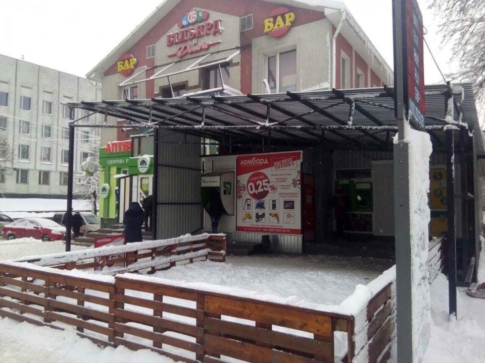 Фото «хліва» опублікував у соціальних мережах депутат Рівненської обласної ради Володимир Муляр.